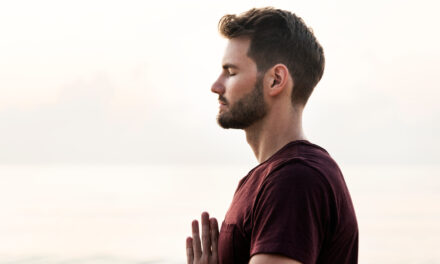 How Yoga and Mindfulness Cultivate a Grateful Mindset